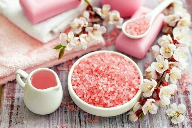 Розовая гималайская соль полезнее каменной