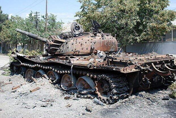 Армения потеряла в Карабахе 35% своих бронетанковых сил