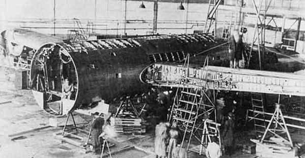 Разборка самолета B-29, (прототипа Ту-4) на Центральном аэродроме