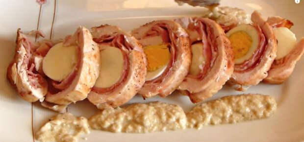 куриный рулет с яйцами