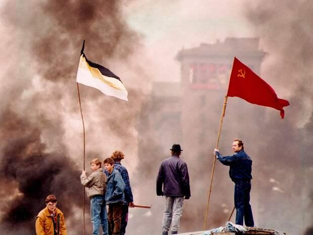 Биографии некоторых убитых защитников Белого Дома и случайных свидетелей событий Октября 1993 года.