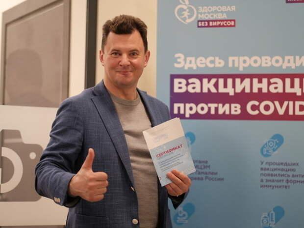Космонавт Роман Романенко: Пройти вакцинацию – долг каждого ответственного гражданина