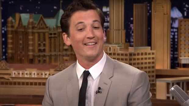 """Paramount Plus утвердил Майлза Теллера на главную роль в сериале """"Предложение"""""""