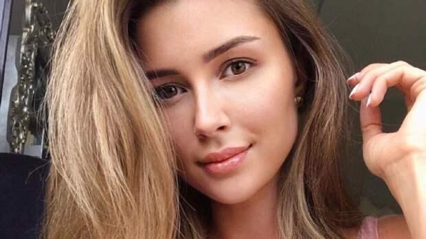 Анна Заворотнюк растрогала поклонников сходством с онкобольной матерью
