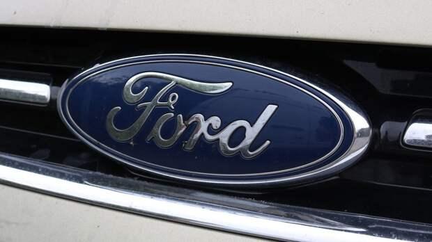 Ford планирует выводить уличную рекламу в салон автомобилей