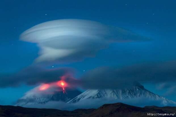 lentikulyarnye-oblaka-3 (700x466, 131Kb)
