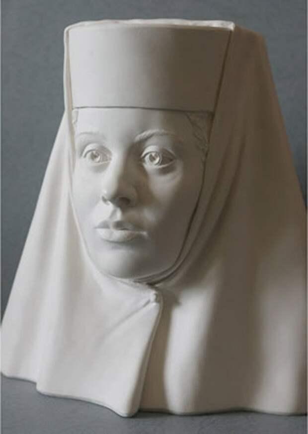 26 сентября (6 октября) 1603 г. в Новодевичьем монастыре скончалась инокиня Александра - вдова государя Федора Иоанновича, в миру - Ирина Годунова.