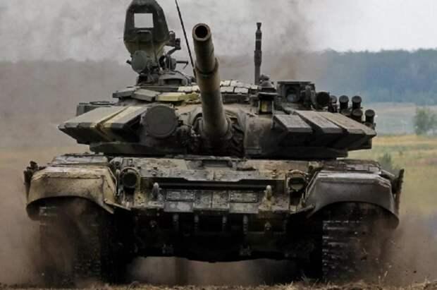 Наблюдатели обнаружили странные танки в Донбассе