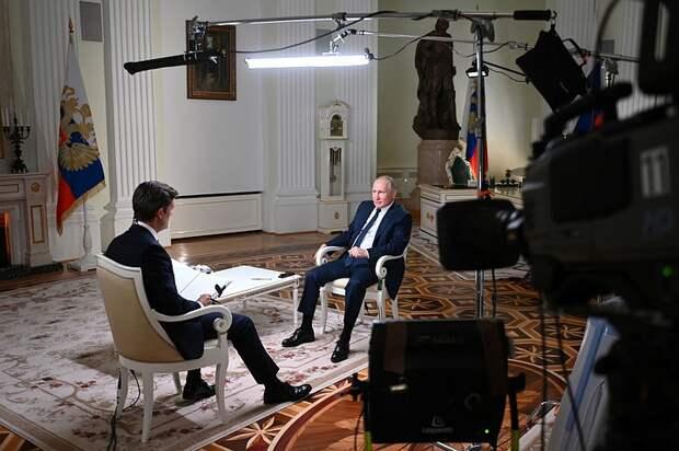 Журналист NBC рассказал, о чем говорил с Путиным без камер