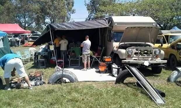 Дом на колесах из советского УАЗика в Аргентине авто, автомобили, дом на колесах, кемпер, уаз, уаз 469