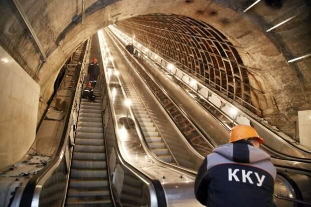 Массовые поломки в петербургском метро – метростроевцы не справляются со своими обязанностями