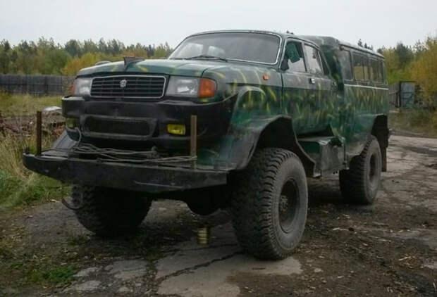 """Внедорожный """"Франкенштейн"""" собранный из «Волги», УАЗ-452 и ГАЗ-66"""