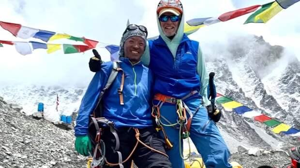 Американец увлекся альпинизмом в возрасте 68 лет, а в 75 покорил Эверест
