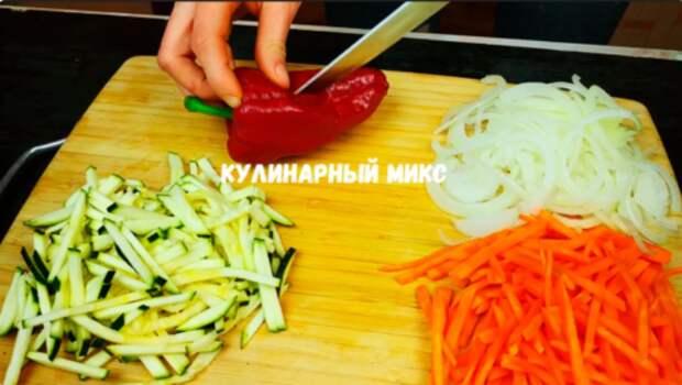 Муж удивил новым рецептом из рыбы: теперь готовим 2-3 раза в неделю (сразу с гарниром и без грязной посуды)