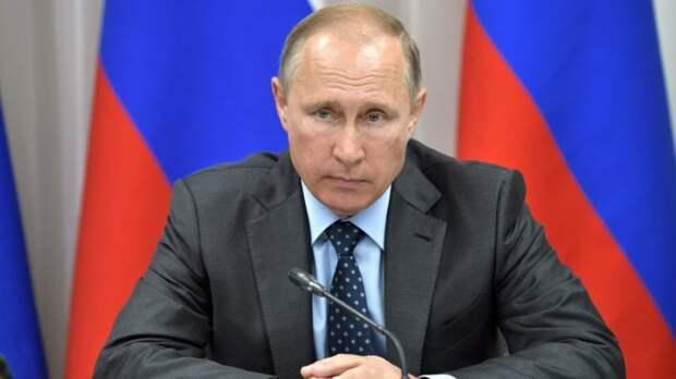 «Путин доказал, что разрушенная страна может восстать из пепла»: почему мир больше не нуждается в демократии США