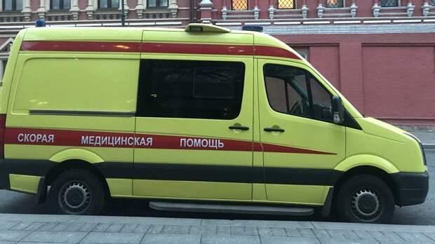 Оставшийся без присмотра годовалый мальчик выпал из окна на 6-м этаже в Москве
