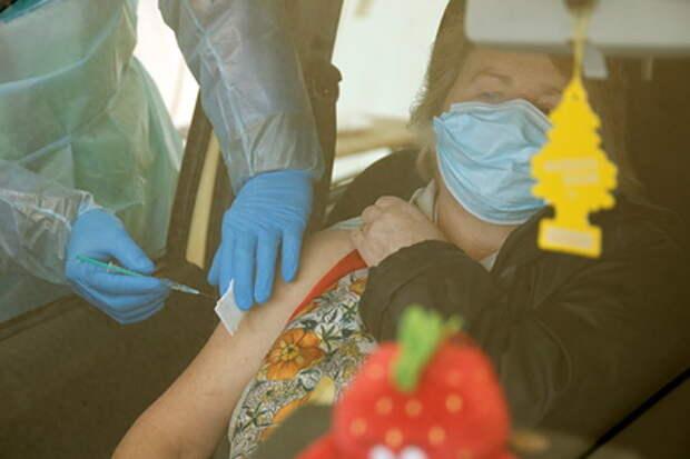 Вызванный вакциной смертельный тромбоз сочли редким побочным эффектом