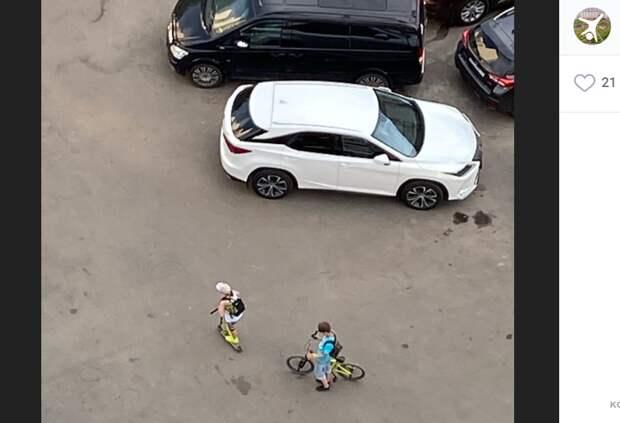 На Перерве поклонники «тик-тока» крадут колпачки с колес