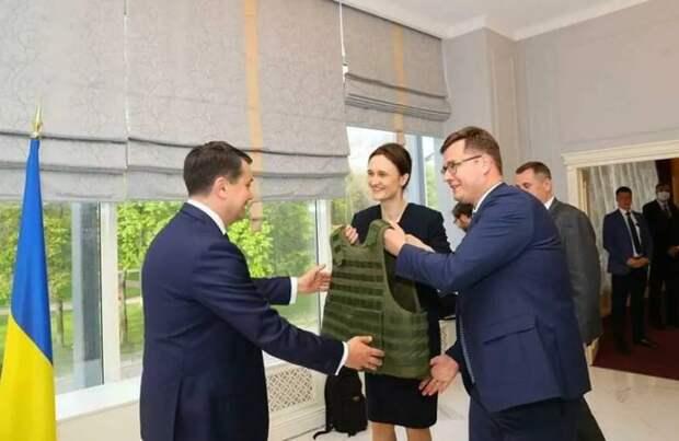 Литовское Минобороны передаст ВСУ крупную партию бронежилетов