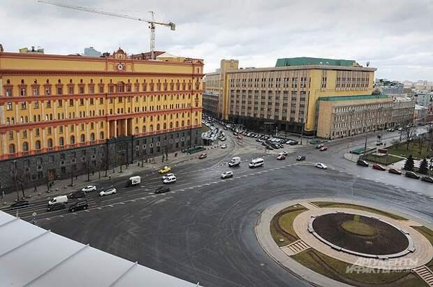 В Москве выбирают памятник для Лубянской площади