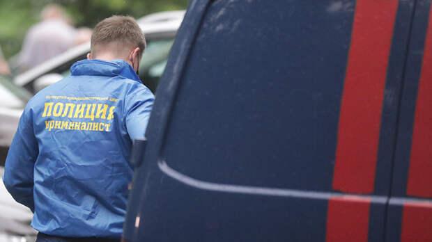 В Петербурге в салоне эротического массажа нашли тело мужчины