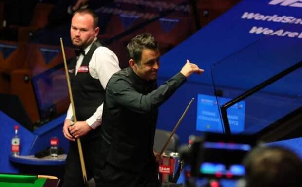 Ронни О'Салливан и Марк Джойс (фото: World Snooker)