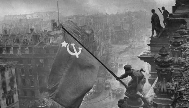 В День Победы: 35 знаменитых снимков Великой Отечественной войны