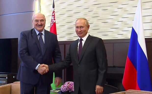 Лукашенко рассказал, очем планирует поговорить сПутиным вСочи