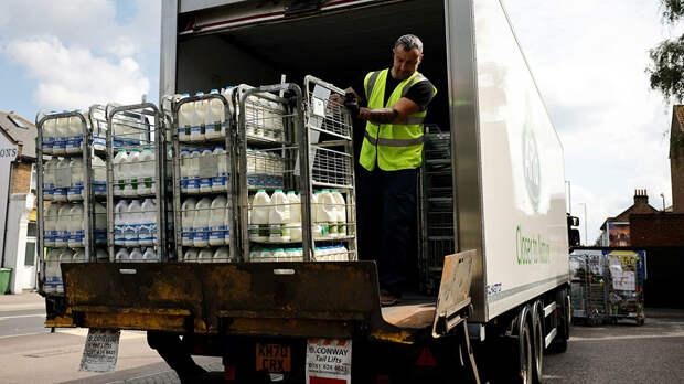 Правительство Великобритании обратится за помощью к армии из-за нехватки еды в магазинах