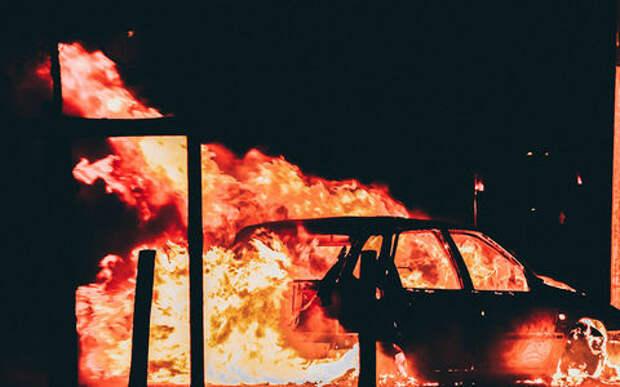 Переиграли: организаторы квеста чуть не спалили машину вместе с пассажирами