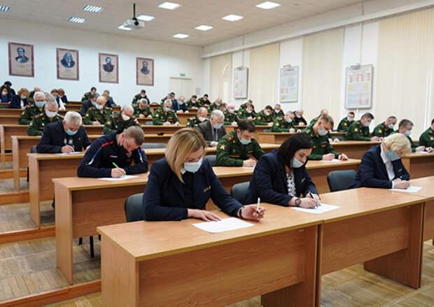 В Михайловской военной артиллерийской академии проведена аккредитационная экспертиза образовательных программ