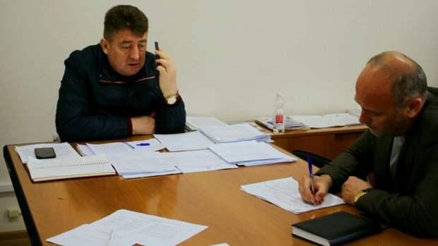Айдер Типпа провел плановый прием граждан в телефонном режиме