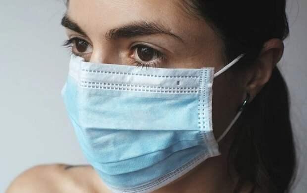Инфекционист заявил о начале третьей волны коронавируса в России