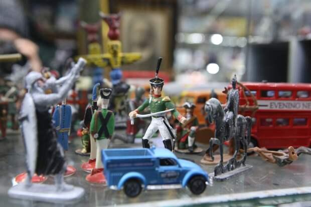 На выставке в Лефортове покажут военные игрушки времен СССР