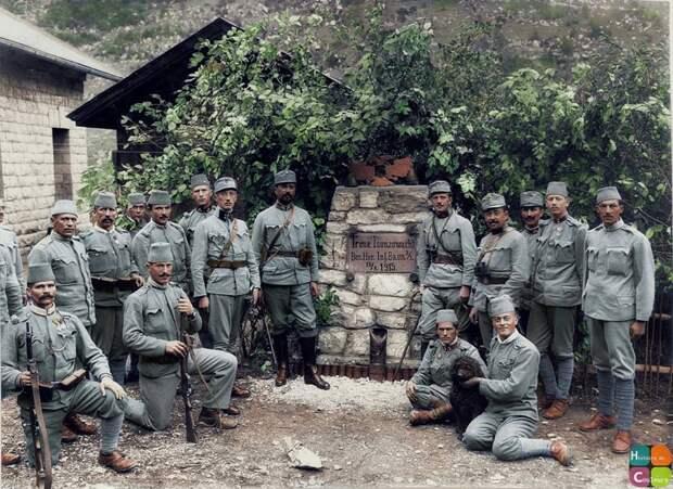 А австрийскую армию тоже большевики разложили? 1917 г.