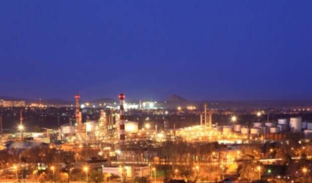 Из-за нехватки бензина врегионе Хабаровский НПЗ будет пущен раньше срока