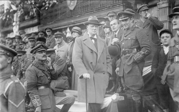 Уинстон Черчилль. От войны с большевиками до войны с немцами