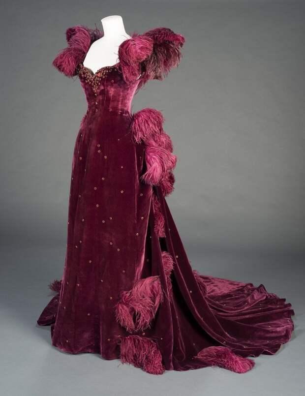 """Бархатное платье Скарлетт О'Хара. х/ф """"Унесенные ветром"""", 1939"""