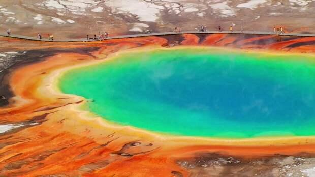 «Куполообразное поднятие» магмы в кальдере Йеллоустоуна зафиксировали вулканологи