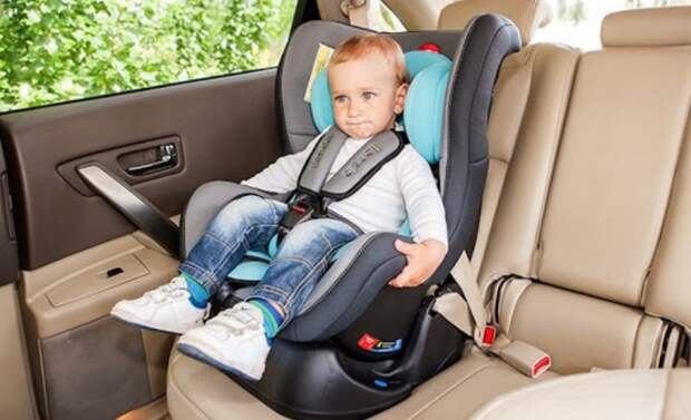 ГИБДД Люберец начнет проверять наличие детских кресел в автомобилях с 7 марта