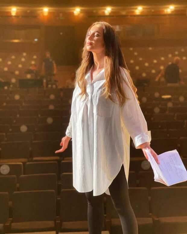Щербаков, Гогунский и Садальский прокомментировали театральный дебют Ольги Бузовой