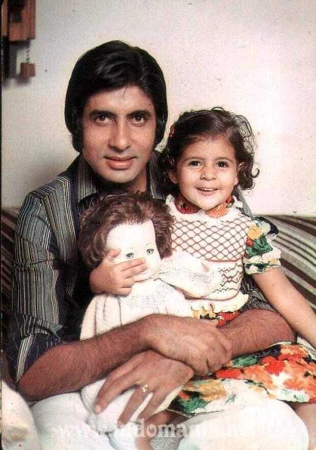 Амитабх Баччан с дочерью Шветой. Фото / Amitabh Bachchan, Shweta. Photo
