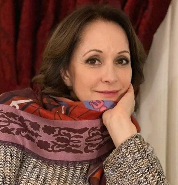 """После новостей о разводе актриса Ольга Кабо заявила """"о сложных финансовых обстоятельствах"""""""