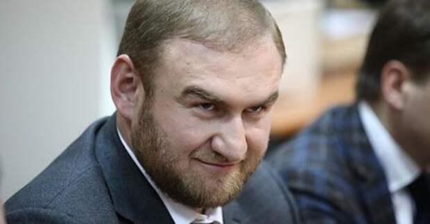 Арашуков пожаловался на недостаток в СИЗО кабинетов