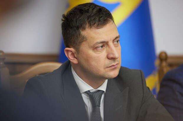 Зеленскому ответили строчкой из песни Пугачевой на слова о Крыме