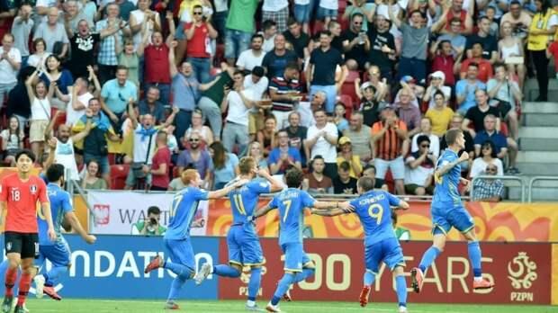 Депутат Госдумы предложил Украине помощь с закупкой новой формы для футболистов