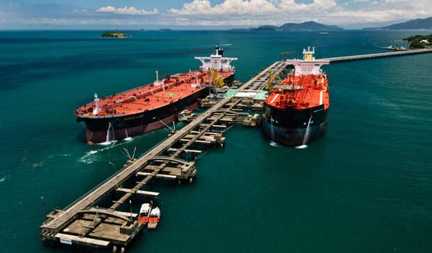 Иран анонсирует резкий рост экспорта нефти после снятия санкций