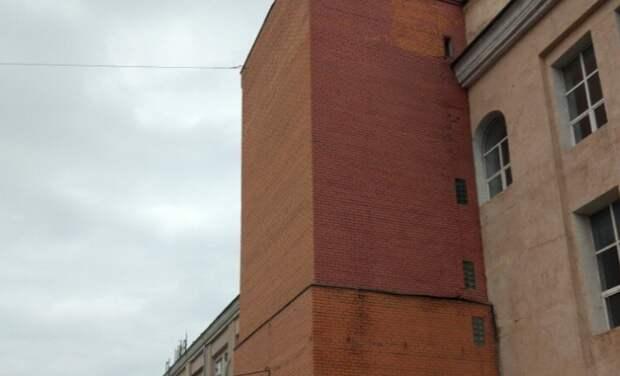 В Бутырском демонтировали незаконную лифтовую шахту