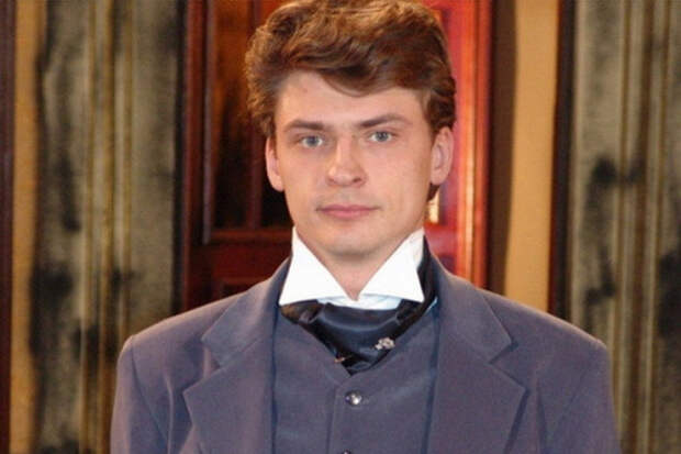 Актер Дмитрий Жулин разбился ваварии подВладимиром