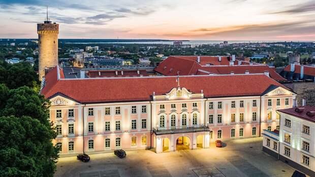 Эстония призвала страны НАТО тратить больше средств на оборону